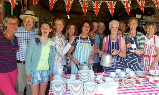 Lympstone Open Gardens; Teamwork all in a good cause