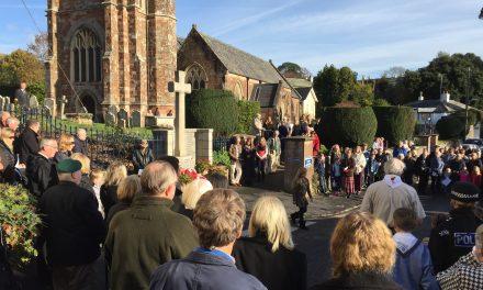 Parishioners gather to reflect on Remembrance Sunday