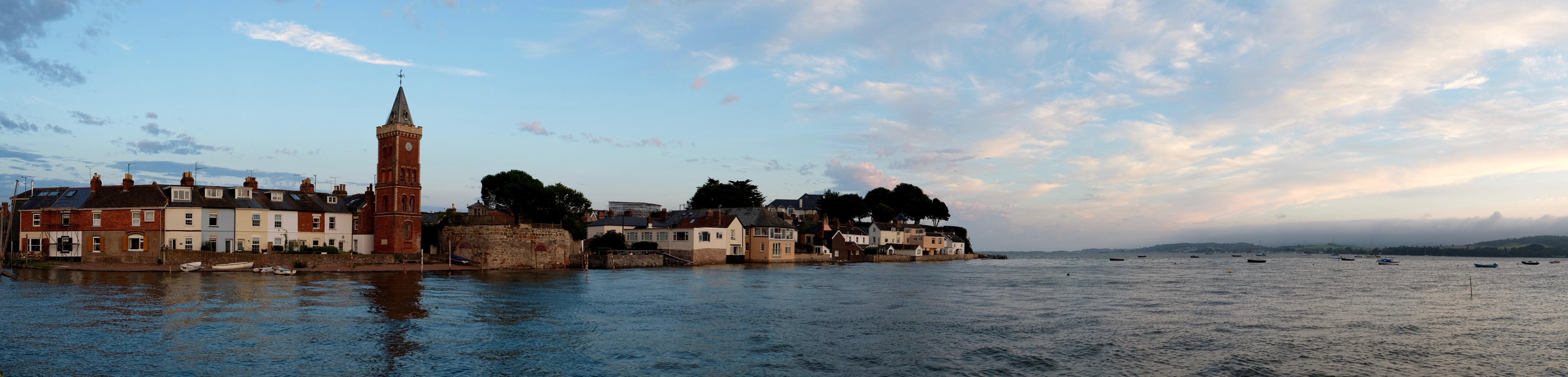 Lympstone foreshore from the harbour